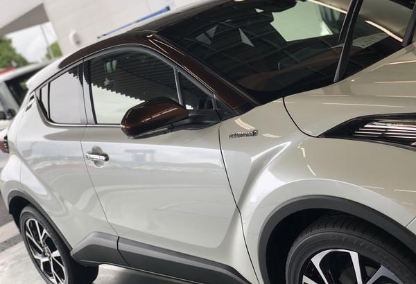 新車トヨタCH-R Gem Hyper X Coat コーティング事例のサムネイル